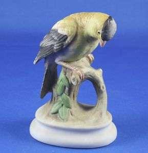 Lefton Goldfinch Hand Painted Porcelain Figurine KW 395