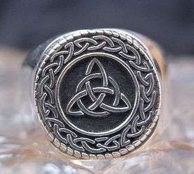 Celtic TRIQUETRA CHARMED Infinity knot Ring Silver SIZE