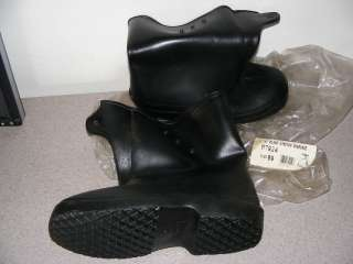 MENS RUBBER BOOTS OVER THE SHOE 10 STRETCH BOOT SIZE 09 B7924 VISITOR