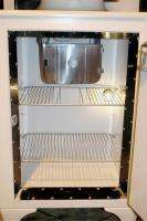 GE Monitor Top Model CK 2 C16 Refrigerator Very Good Condition