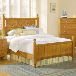 Alexander Julians Cottage Poster Bed (Pinstripe Pine) (California