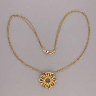 DESIGNER DORIS PANOS .75CT DIAMOND SUNBURST 18K YELLOW GOLD PENDANT 16