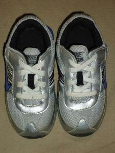 toddler boys sz 7 Nike shoes