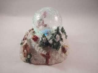 Holiday Christmas Light Up Lighted Snow Globe Snowman Winter Scene