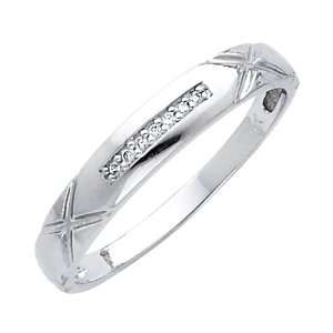 14K White Gold Womens Round cut Diamond Wedding Ring Band