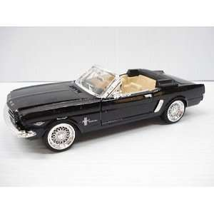 Die Cast 1964 1/2 Ford Mustang 1/24 Scale   Black Toys & Games