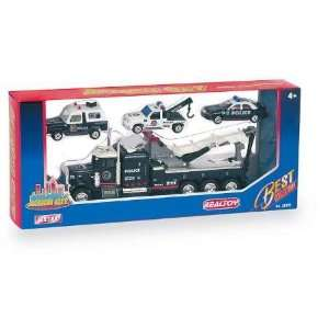 Action City Police Wrecker W/3 Vehicles: Toys & Games