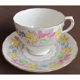 Tuscan Fine Bone China Cup & Saucer #C9023 (England) Kitchen & Dining