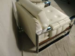 Pair Mid Century Modern Chrome/Vinyl Arm Chairs (0261)r.
