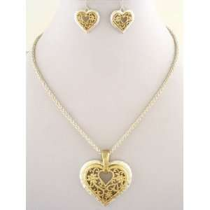 Fashion Jewelry ~ Heart Necklace Set