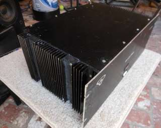 Cerwin Vega Model 2200 Stereo Power Amplifier