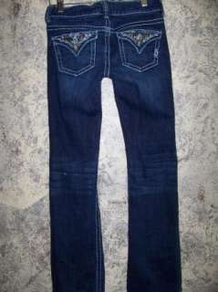 Womens junior size 1 boot cut low rise jeans dark washed embellished