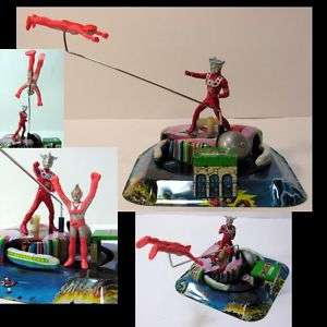 TADA PRO Japanese FLYING Ultraman LEO Wind up Tin Toy