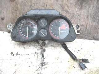 HONDA CBR1000F CBR750F HURRICANE CLOCKS SPEEDOMETER TAHOMETER