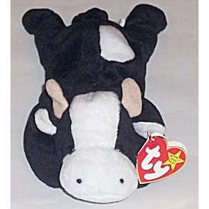 TY Beanie Baby   DAISY the Cow Toys & Games