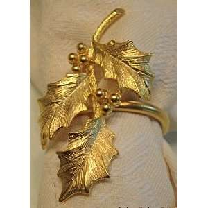 Gold Electroplate Holly Leaf Napkin Rings   Set of 4