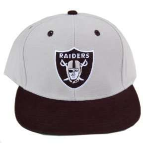 NFL Oakland Raiders Team Apparel Grey/ Black Bill Snapback Hat