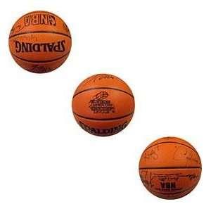 1992   1993 Houston Rockets Autographed Basketball   Autographed