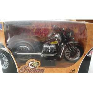 1948 Indian Motorcycle Replica Die cast 16 Scale Blue Toys & Games