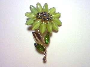 VINTAGE GREEN RHINESTONE FLOWER BROOCH PIN UNSIGNED